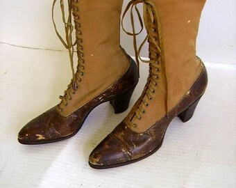 39b32e2fc3 Antique Victorian Edwardian Ladies High Top Two Tone Lace Up Shoes/Boots/ High  Top Shoes