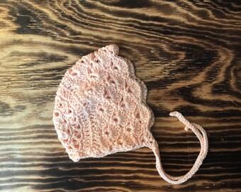Classic Shell Bonnet Light Peach- Baby Newborn & 3-6 months - Cotton, Autumn, Photo Prop