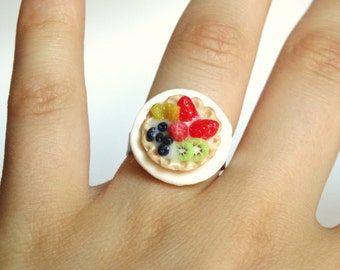 Fruit Tarte Ring / Cake Ring / Miniature Food / Fimo Jewelry / Miniature Strawberry / For Her / Birthday Gift / Present for Girlfriend
