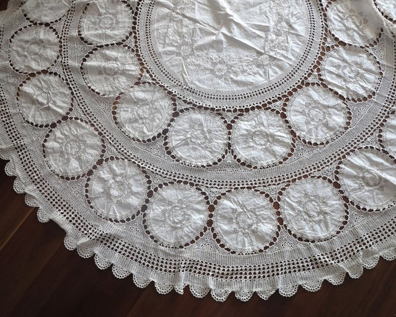 Large embroidered and crochet circular tablecloth, ecru colored, handmade, exquisite workmanship, 88 inches / 224cm across