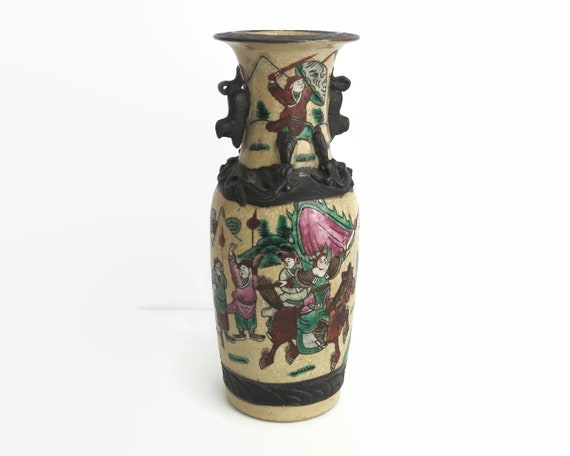 Antique 19th Century Chinese Warrior Vase, hand painted scenes of soldiers in battle, 9.5 inches / 24cm high