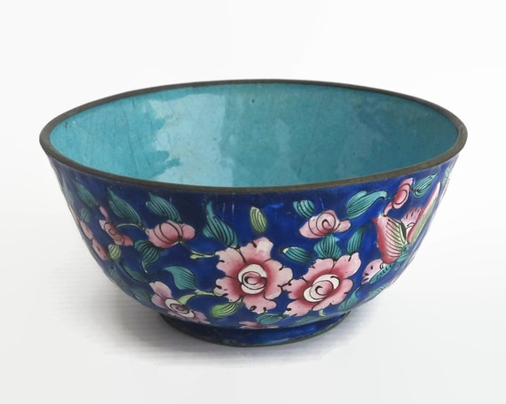 Antique hand painted Chinese bowl, enamel on copper, flower pattern in pink and blue, 4.5 inches / 11.5cm across, circa early 1900s
