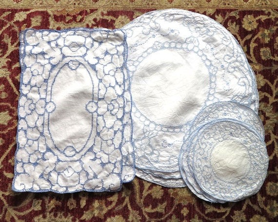 Bulk lot of vintage blue and white embroideries, table linen, 12 pieces, rectangles and circles, Appenzell style embroidery