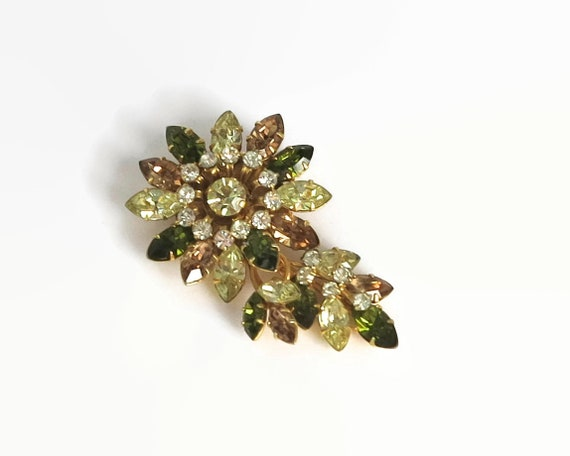 Large vintage Jewel Crest flower brooch, rhinestone brooch in various shades of citrine, collector's item, circa 1940s