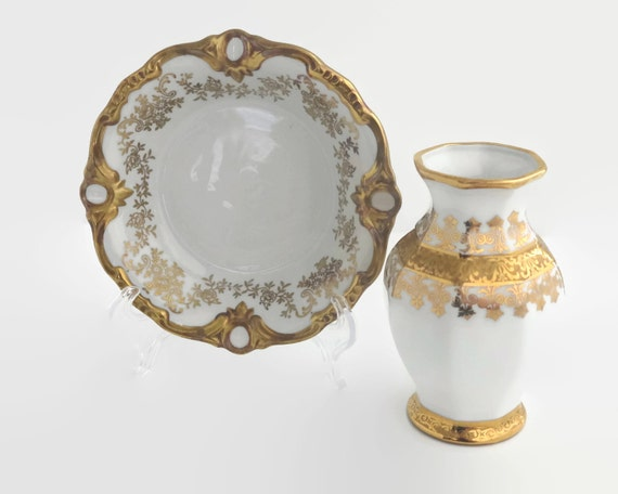 Small vintage gold and white dish and vase, white porcelain with 24 carat gold decorative patterns, made in Germany and Bavaria, 1950s