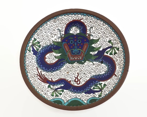Vintage cloisonne dragon trinket dish, circa 1930s, 10cm across