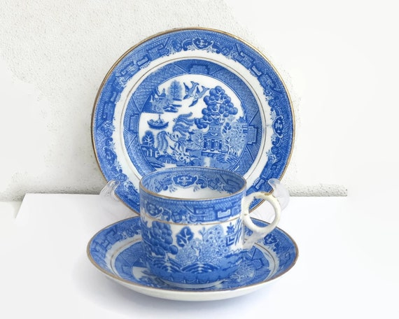 Antique willow pattern trio, blue and white complex pattern with gilt, cup, saucer, plate, 1800s