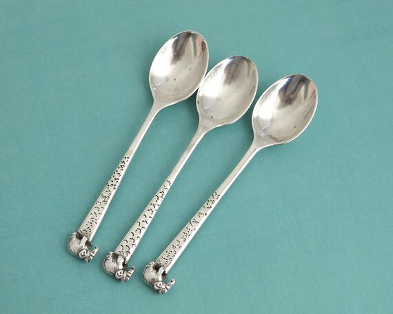 """3 vintage sterling silver teaspoons with elephants on the ends of the handles, heavy spoons, stamped """"Silver"""", 69 grams"""
