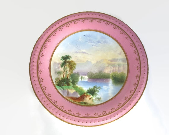 Antique Coalport hand painted display plate / cabinet plate with landscape scene, collectors' plate, pink border with gilt trim, 1800 - 1820