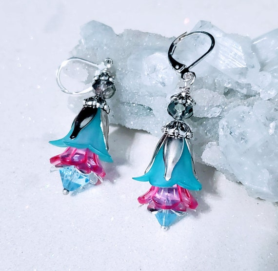 Cotton Candy Flowers - lucite earrings