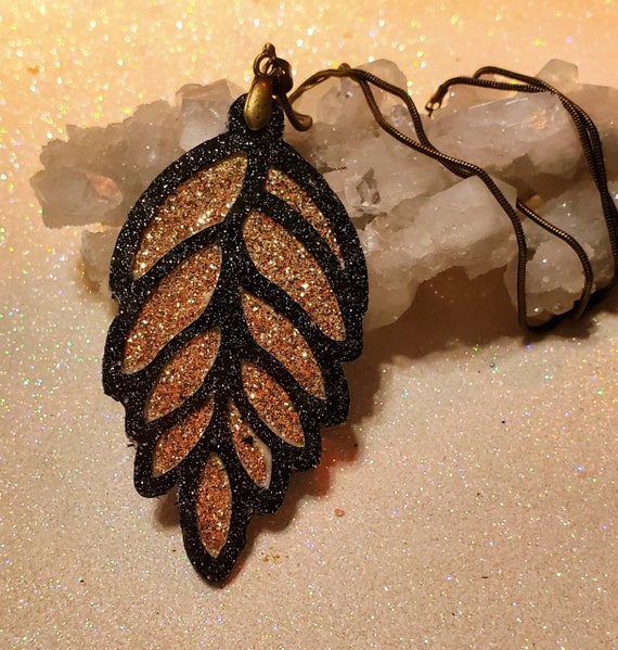 Vinyl Layered Charm Necklace: Lacy Leaf. Choose your color.