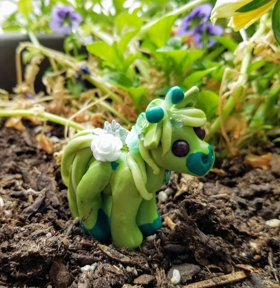 Mini Menagerie, Alien Pony - Ivy