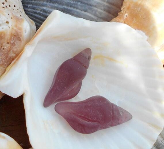 2 Light Purple Shell Sea Glass Pendants 26x12mm Earrings Charms D-H10