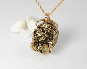 Gold Druzy Geode Pendant Necklace, Quartz Druzy Pendant in Golden Bronze Color in Gold Plating Frame with Stainless Steel Chain- 1 pc/ pkg