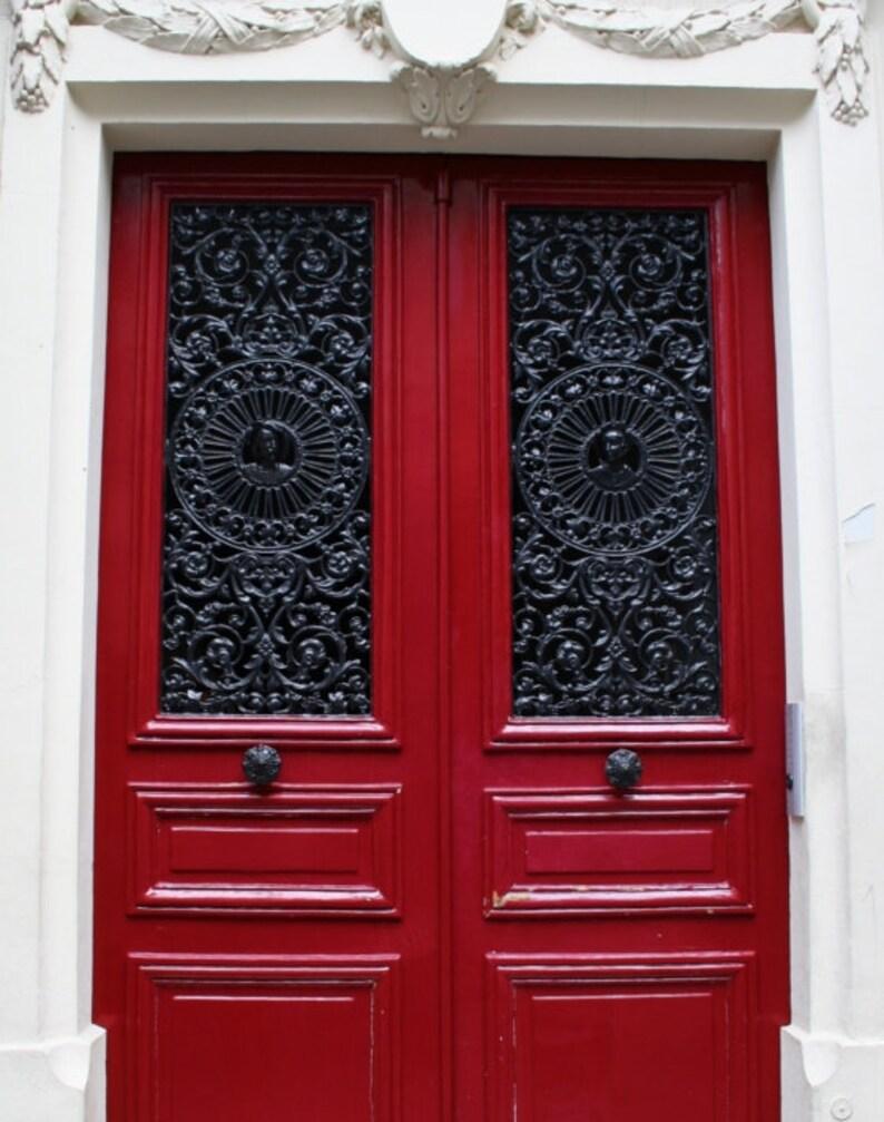 Photographie De Paris Rouge Porte Rouge Paris Murales Art Etsy