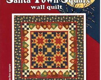 Santa Town Square Wall Quilt - Thimbleberries
