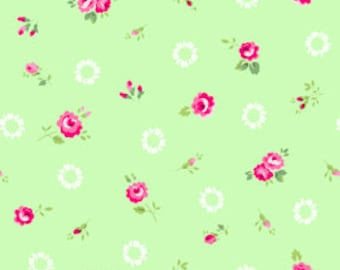 Pam Kitty - Roses on Mint with White Wreath