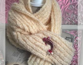 Sweet scarf and fish brooch Koï, knit scarf, wool scarf, knit, koi fish, fish brooch, Bart & Francis wool, handmade