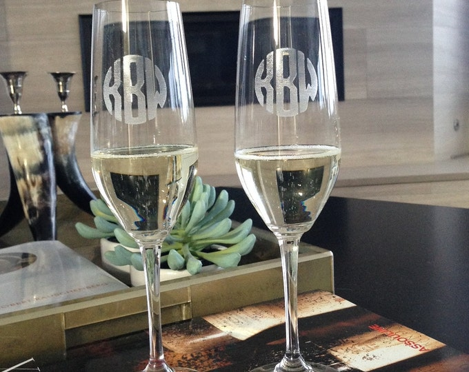 Personalized Champagne Flutes - Personalized Wedding or Engagement Gift