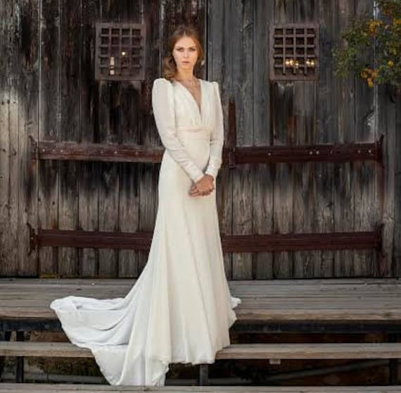 Wedding Gown long sleeve wedding dress simple wedding dress | Etsy