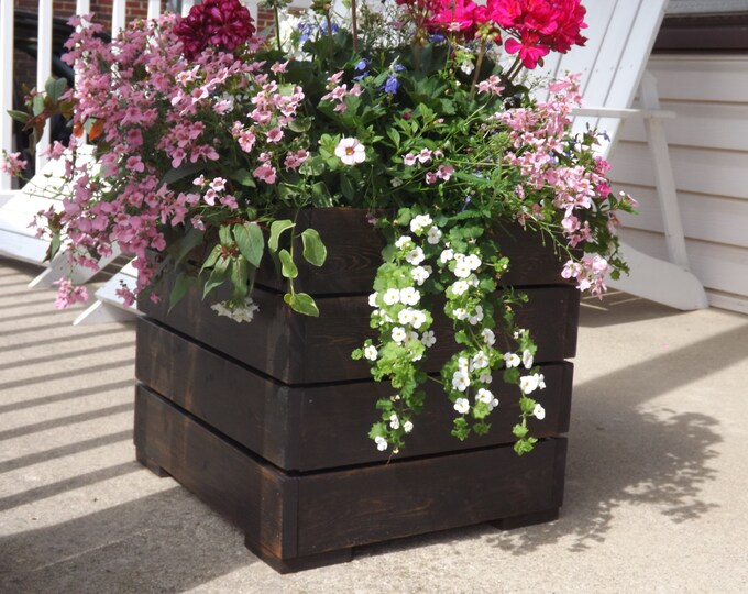 Wood planter box/Patio planter/Wood planter