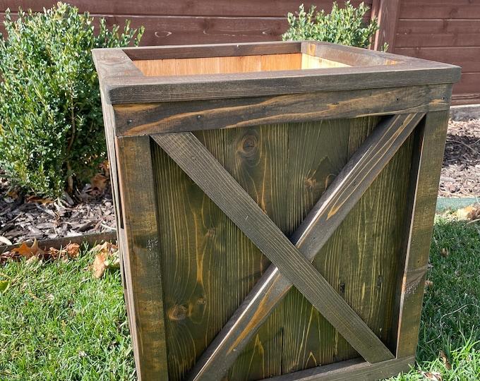 Planter Box/Wood planter/Garden Planter/Patio Planter