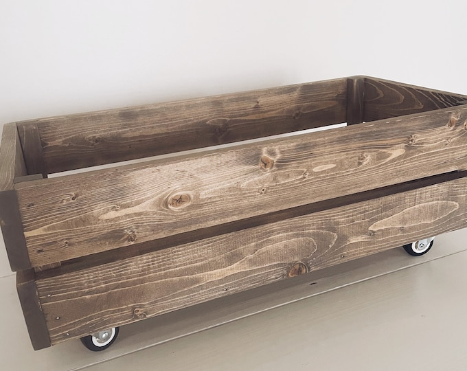 Wood crate/Storage crate/Crate/Wood storage box/Storage bin/Under bed storage/Wood box on casters
