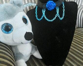 Blue Rose & chains Choker / collar
