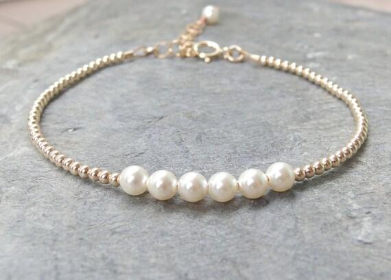 articles similaires bracelet de perles perle bracelet de mari e bracelet demoiselle d honneur. Black Bedroom Furniture Sets. Home Design Ideas