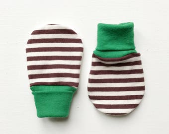 organic magic baby mitts | chocolate + vanilla stripe
