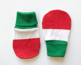 magic baby mitts | festive stripe