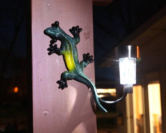 Gecko Wall Art Ornament Bronze Set of 2 Metal Geckos Lizard Wall Hanging