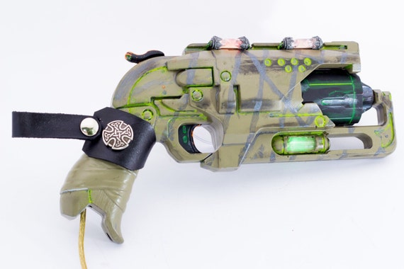 Steampunk / Tesla / Deiselpunk / Post Apocalyptic Pistol ! Fully  customizable !!     and best of all it's powered off a USB Cable !!!