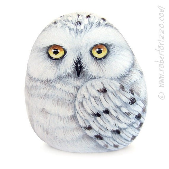 Stone Painted Snowy Owl | Rock Painting Art by Roberto Rizzo