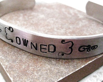 Owned Bracelet, custom aluminum cuff approx 3/8 inch wide, customizable, MADE TO ORDER, plus size too, bdsm, Fetish, double sided option