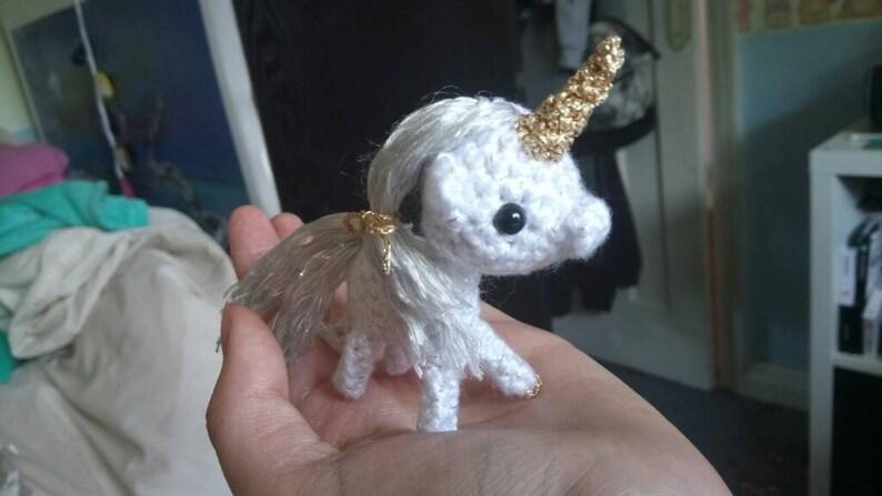 Miniature Gold Unicorn image 0