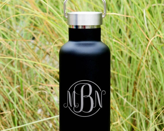 Cursive 3-Letters Monogram Custom Engraved on Insulated Water Bottle 750ml | Wedding Party Gifts | Unique Birthday Gift | Wedding Party Gift