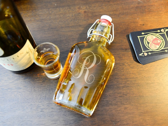 Personalized Glass Flask | Initial Flask | Three Letters Monogram Flask | Guy's Gift | Birthday Gift | Groomsmen Gifts | Classy Gift