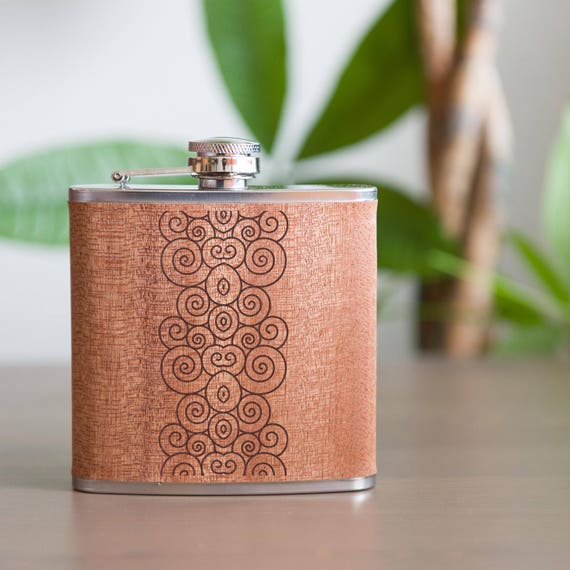 Personalized flask | swirls flask | birthday flask | natural wood flask | elegant designed flask | graduation gift | outdoors gift | #FSK054