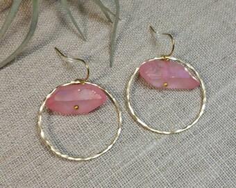 Rocío Quartz Earrings / Dainty Earrings / Hoop Earrings /  Geometric / Brass