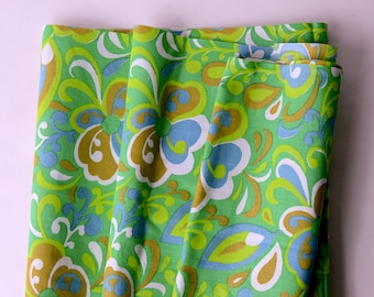 Vintage Cotton Material Vintage Textiles Vintage Sewing Supplies Vintage Mid Century Ameritex White Abstract  Green Flowers Cotton Fabric