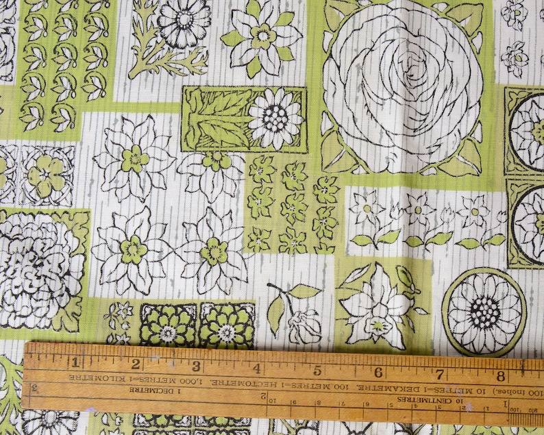 """100/% Cotton Fabric Multicolor Floral Printed 43/"""" Wide Dress Apparel By The Metre"""