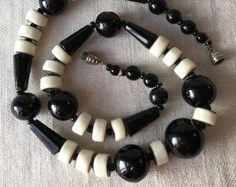 Vintage Black and White Glass Necklace, Barrel Beads, Aventurine, KC054