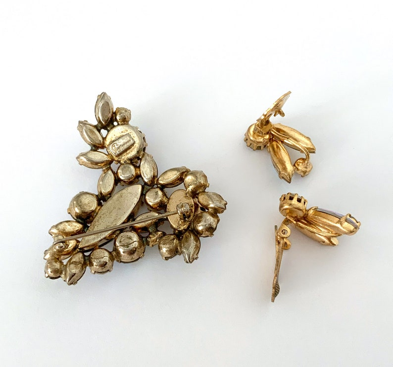 Gold Tone HC144 Molded Glass Leaf Earrings Vintage Sherman Rhinestone Brooch Set