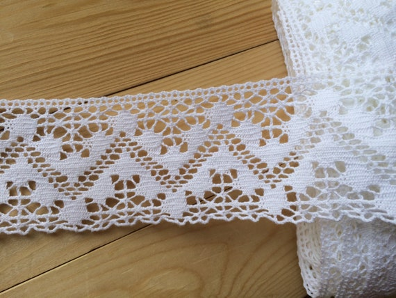 30mm Wide **** **** DELICATE IVORY LACE TRIM