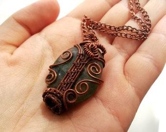 Prehnite necklace Wire wrapped necklace Copper wire necklace Boho Wire wrap jewelry Boho Green pendant Boho jewelry Wire Wrapped jewelry