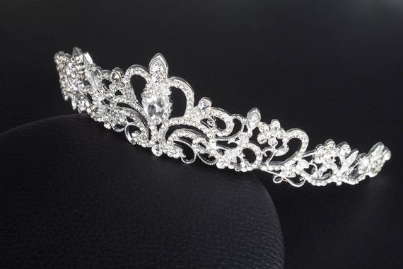 FRCOLOR Vintage Prinzessin Haar Krone Handmad Gold Blatt Tiara Perle Braut Krone Hochzeit Tiaras Haar-Accessoire