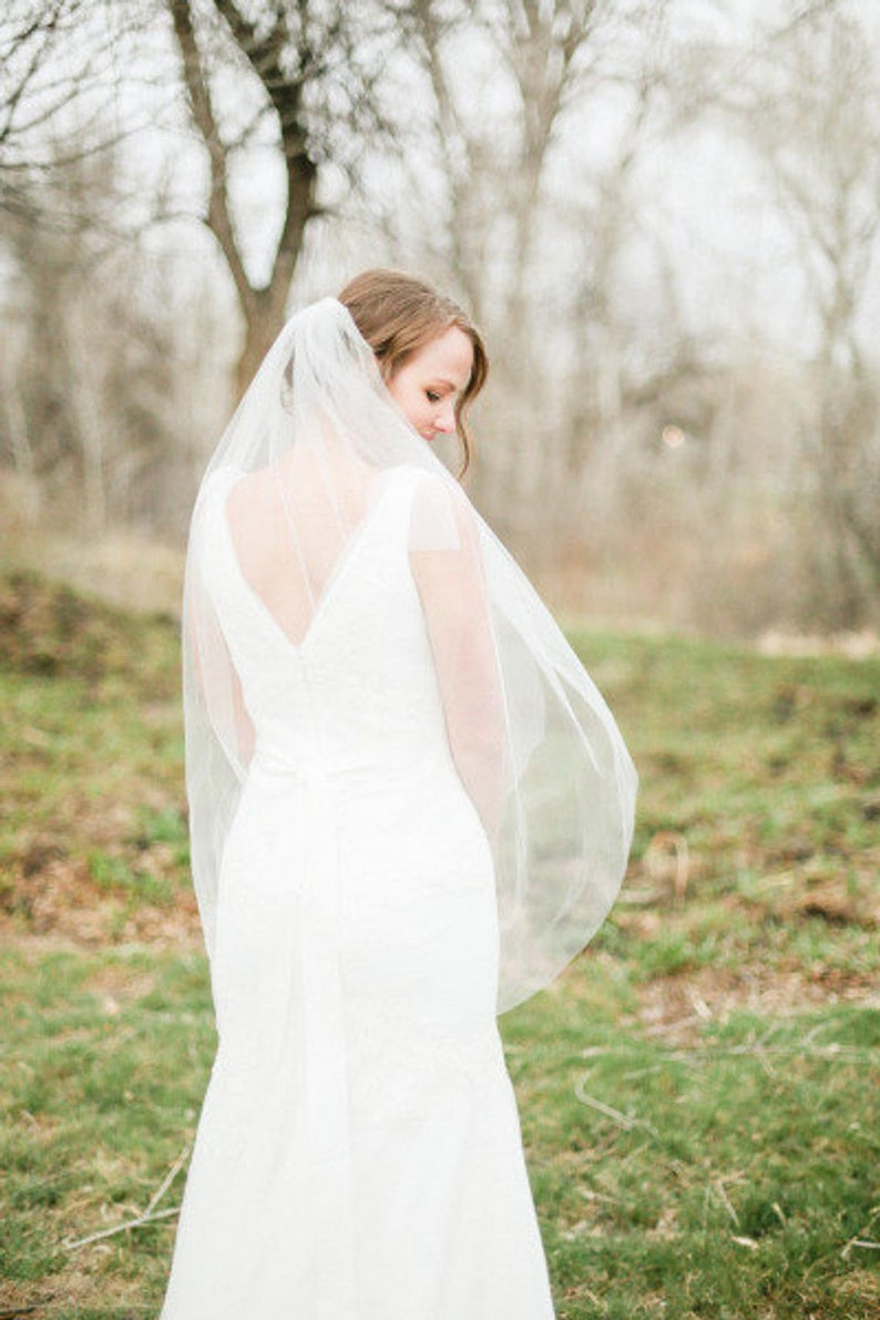Soft Bridal Fingertip veil Wedding Veil simple Bridal ivory image 0