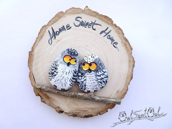 Unique Illustrated Owls in Love on a Wooden Trunk Section | Original Gift Idea by Owl Sweet Owl