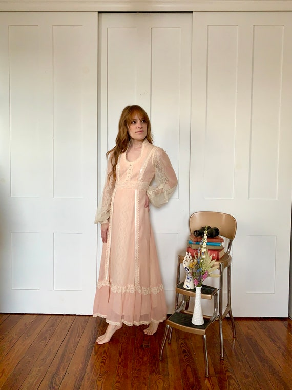 1970s Gunne Sax Peaches and Cream Dress